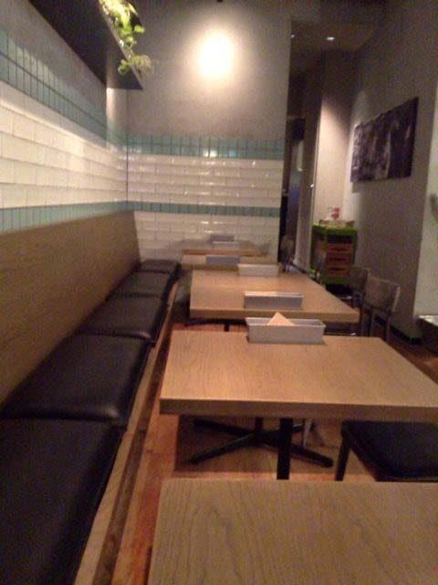 ディーゼルのカフェ