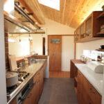 天窓のあるキッチン