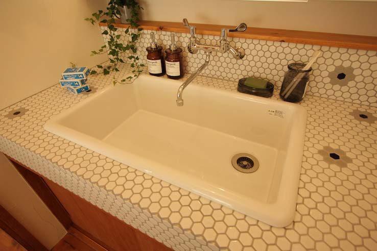 タイルがかわいい洗面台