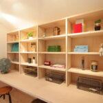 机と造作棚