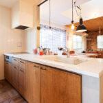 木材を生かしたキッチン