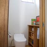 明るいナチュラルなトイレ
