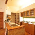 キッチン吊戸収納