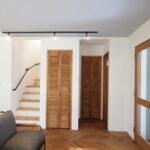 木のぬくもりあふれる収納折れ戸