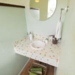 かわいいタイルの洗面台