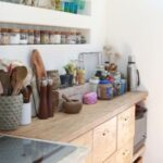 キッチンの埋め込みの棚