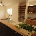 キッチンのオープン収納