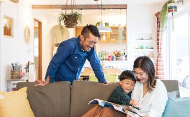 ステンドグラスやかわいいニッチ、お気に入りの小物と暮らすカフェ風のお家~ライフスタイル編~